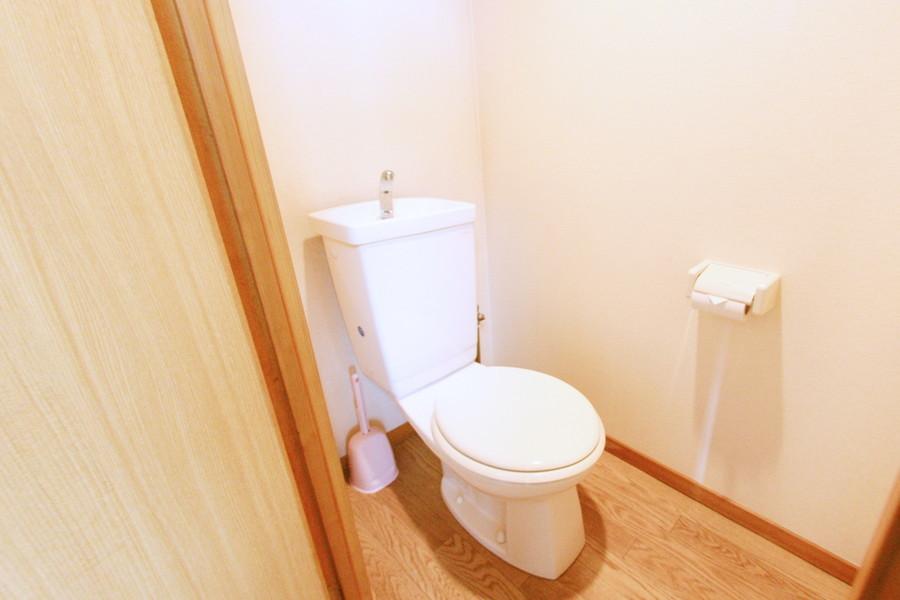衛生面でも安心のバストイレ別のお部屋です