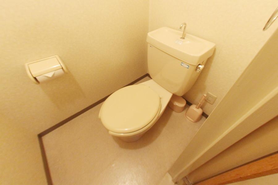 衛生面が気になるトイレもバス・トイレセパレート式で安心です