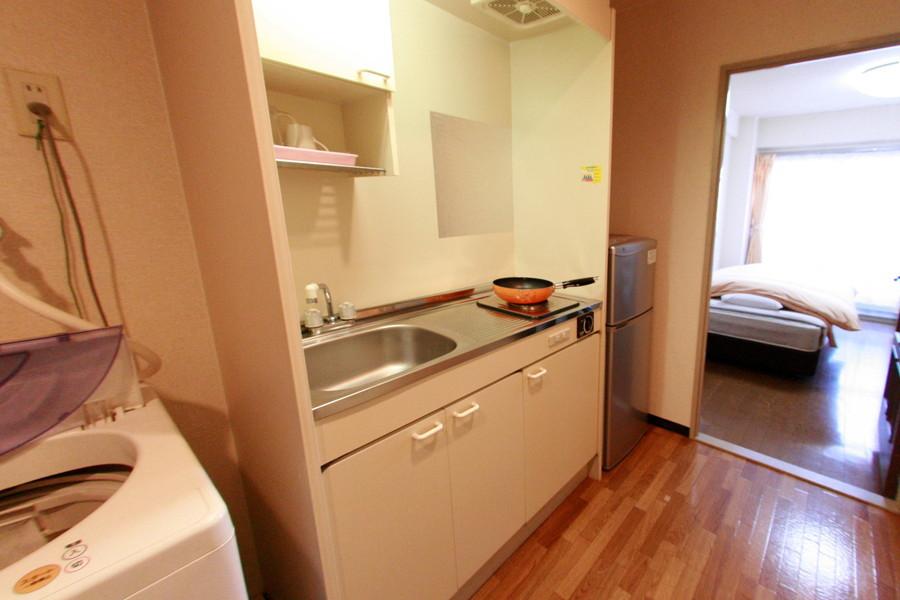 キッチンは作業スペースもしっかり確保。シンクも広めです