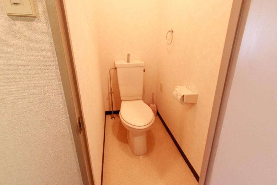 お手洗いは人気のバス・トイレセパレートタイプ