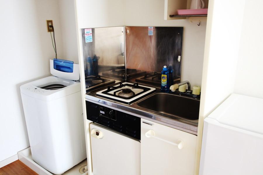 コンパクトで使いやすいキッチン。便利なガスコンロは1口タイプ