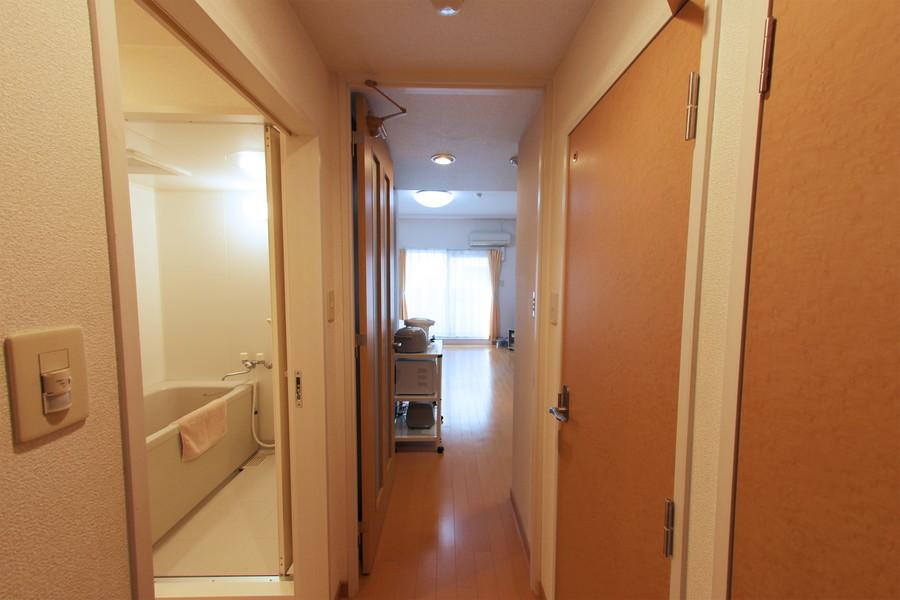 玄関からお部屋までは段差がなく安心です