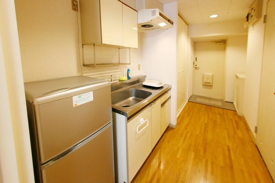 キッチンスペースはしっかり広め。使いやすいIHコンロタイプです