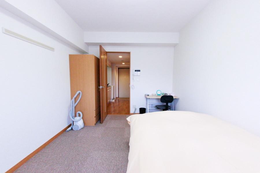 シーリングライトを採用することでお部屋の圧迫感を軽減