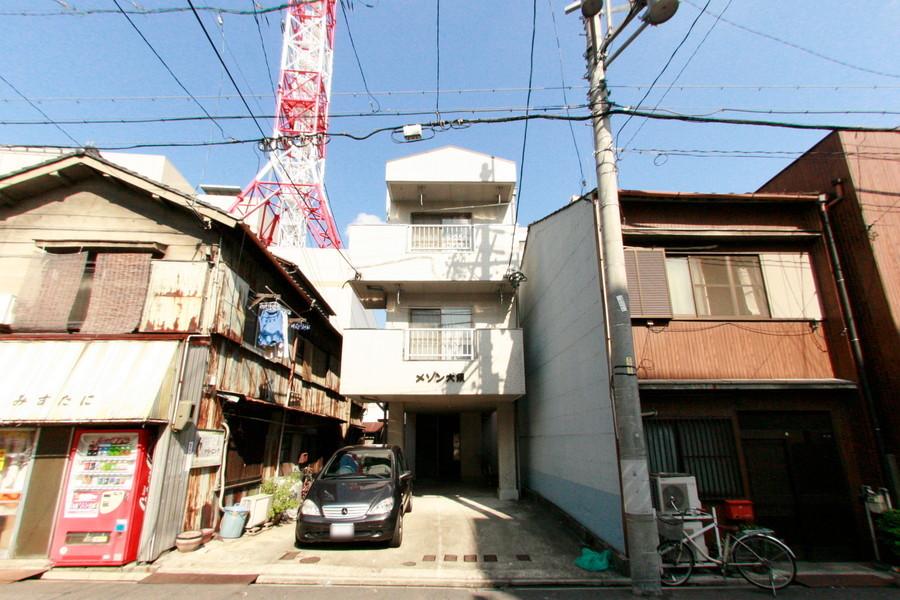 大須観音駅・大須商店街が近いだけでなく、すぐそばにコンビニ・喫茶店・郵便局などそろっていてとにかく便利。歴史と新しさを兼ね備えた大須でくらしてみませんか。