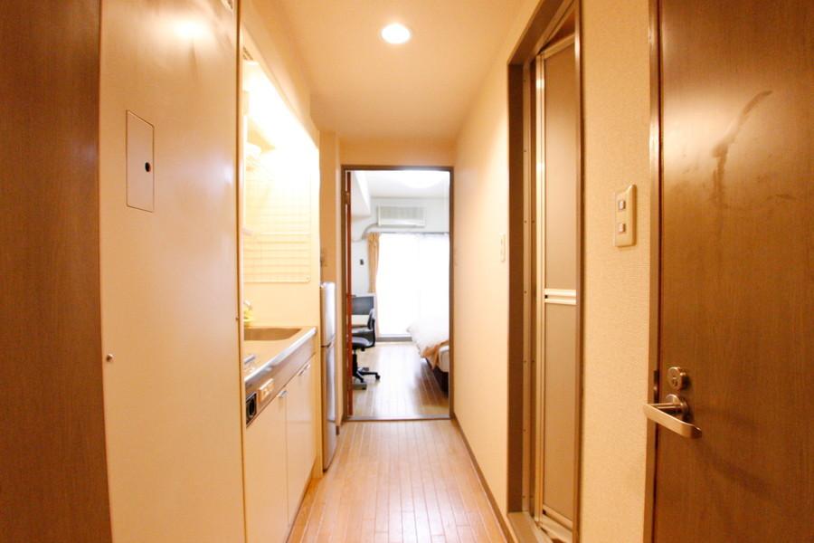 廊下はシンプルで落ち着いた雰囲気