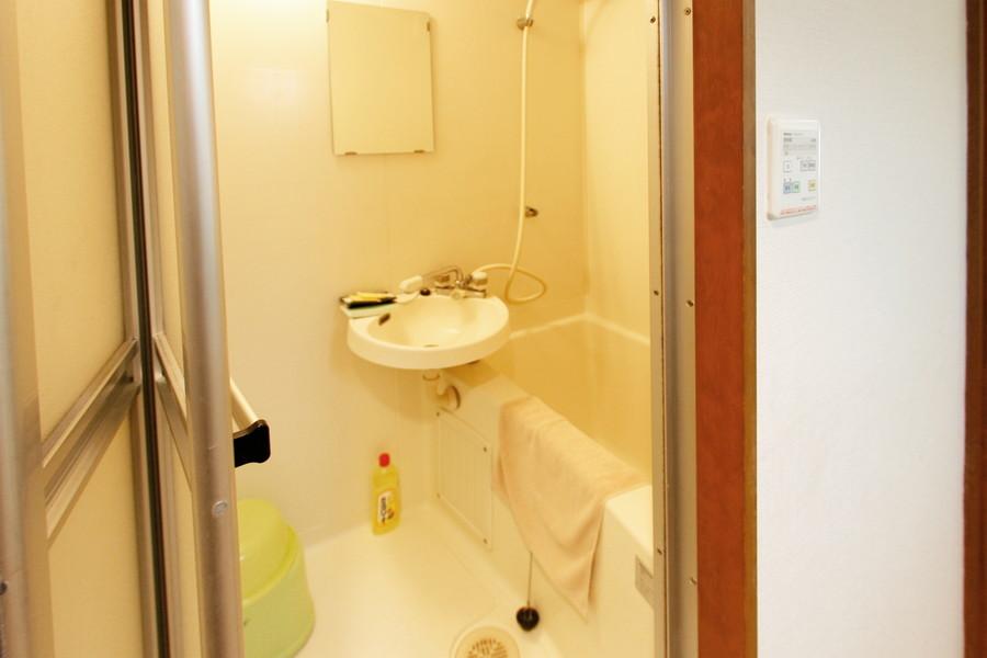 お風呂には便利な浴室乾燥機能を搭載しています