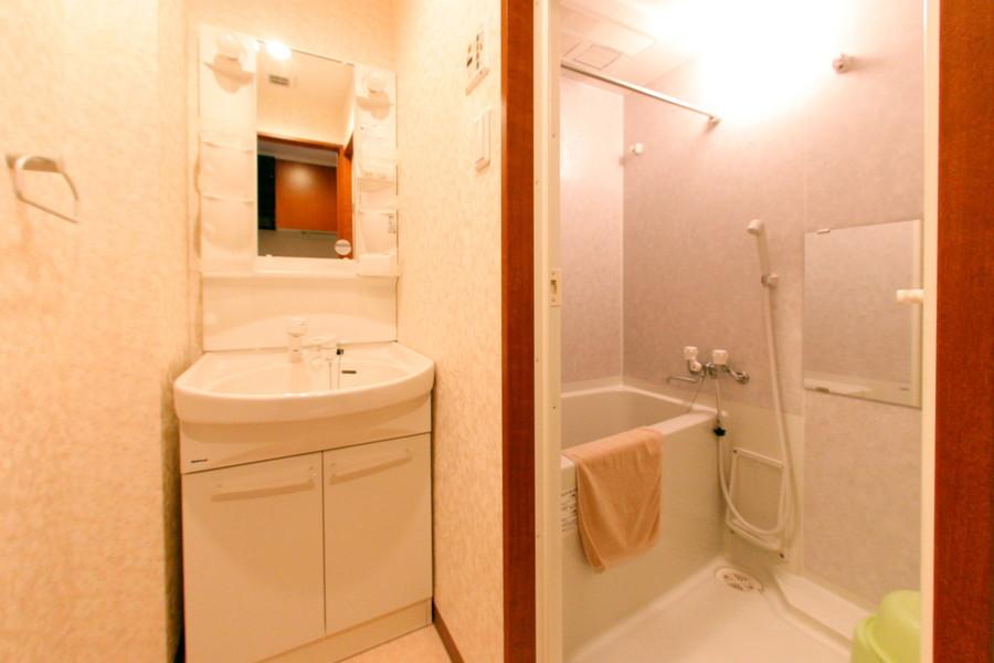 人気の浴室乾燥機能を搭載。急ぎの洗濯物も安心です
