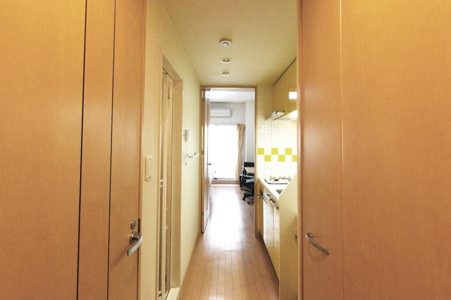 お部屋と玄関は段差がなく、深夜のご帰宅でも安心です