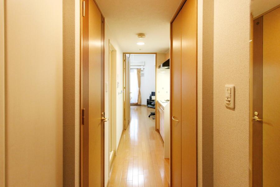 室内、キッチン、玄関の間はフルフラット。つまづく心配もありません