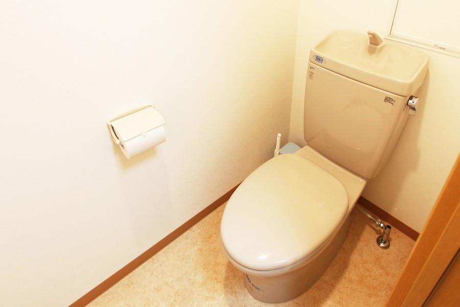 トイレは人気のセパレートタイプです