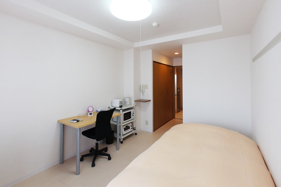 シーリングライト採用で明るく開放感のあるお部屋