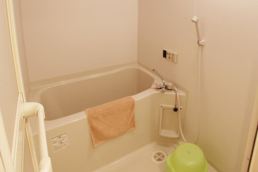 毎日の疲れを癒やすお風呂。便利な浴室乾燥機能つきです