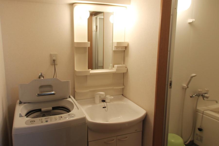 洗面台は人気のシャンプードレッサータイプです