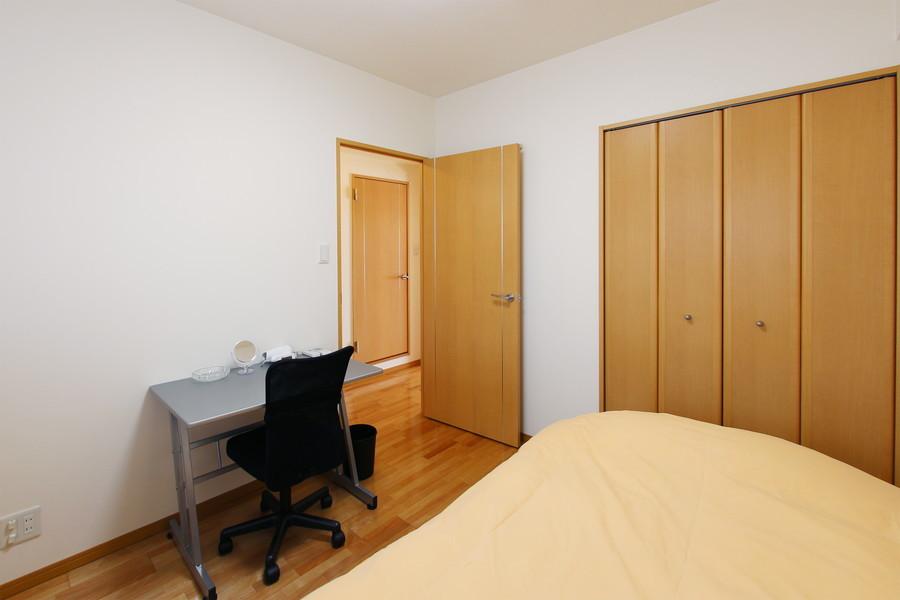 収納スペースも完備。広々と快適にお過ごしいただけます