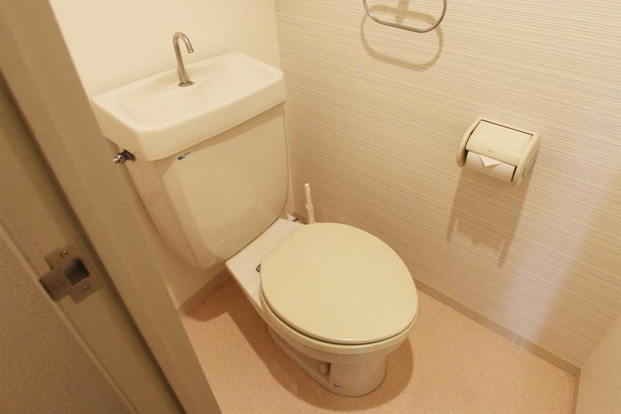 広く清潔感のあるお手洗い