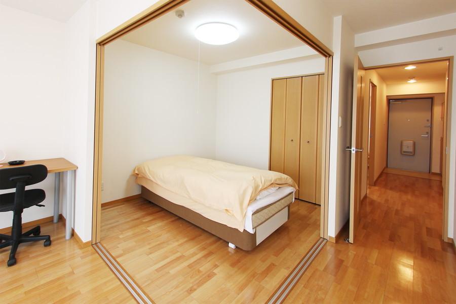 リビング横のお部屋は可動扉つき。開けて広々お使いいただけます