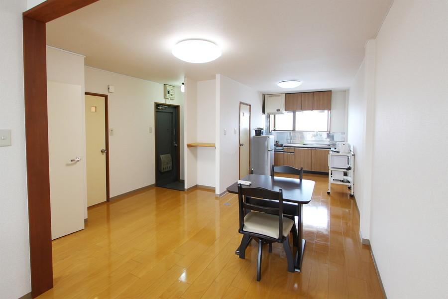 家具やキッチンワゴンはお好きな場所に移動していただけます