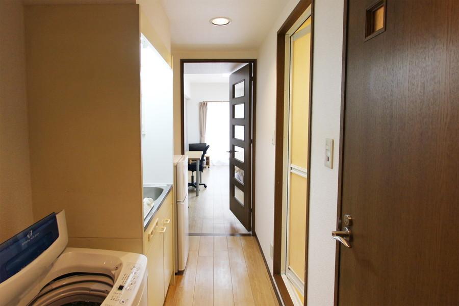 お部屋の入り口には扉があるため、プライベートもしっかり確保できます