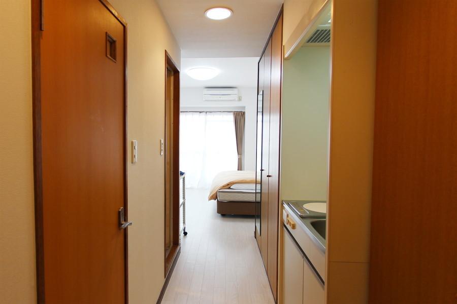 お部屋と廊下の間には段差がなく、足元も安心です
