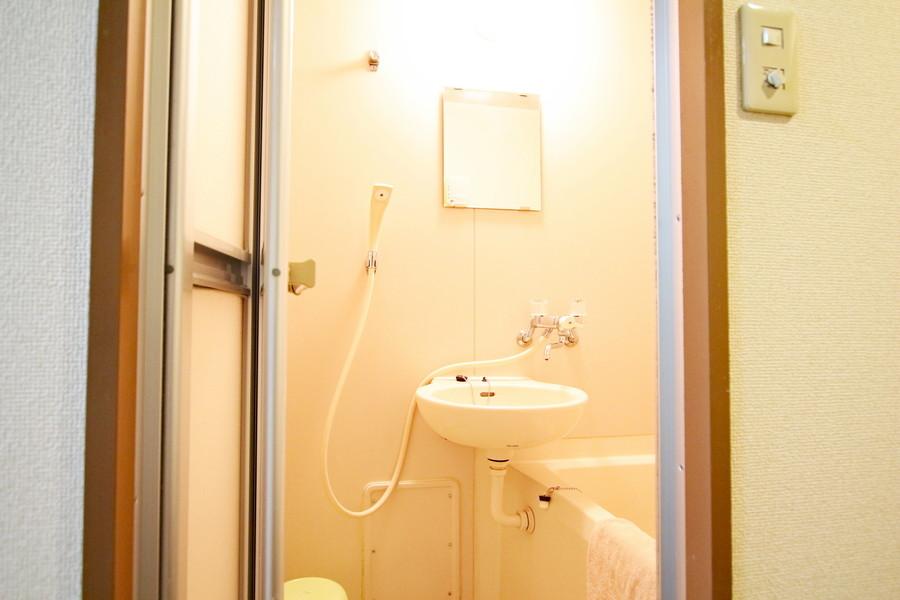 お風呂の使用には備え付けのバスマットをお使いください