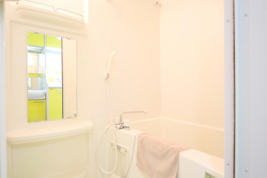 収納スペースも充実したゆとりのバスルーム