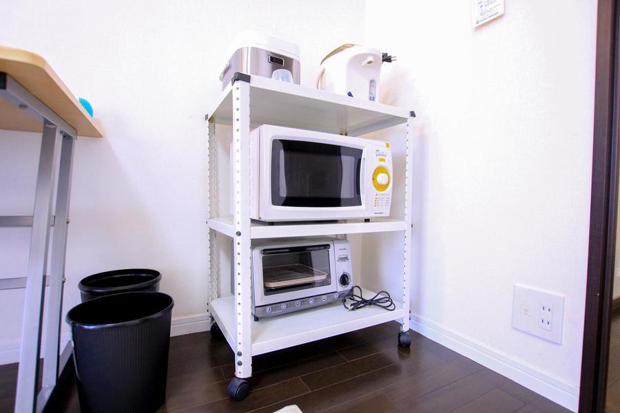 レンジや炊飯器などの生活家電は使いやすく一箇所に
