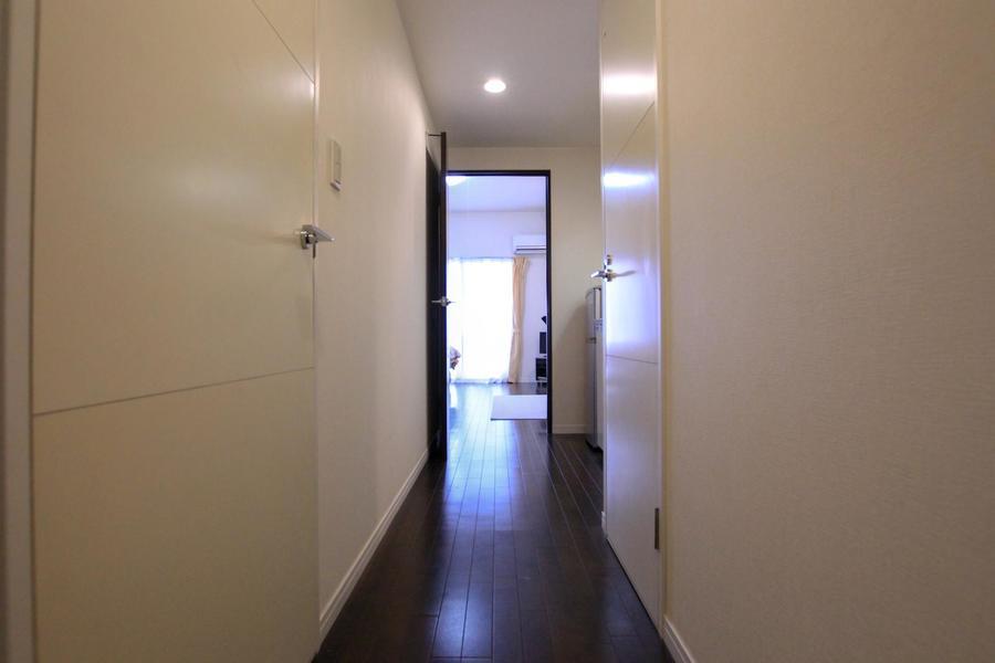 お部屋と廊下は一続きにすることで統一感と奥行きをアップ
