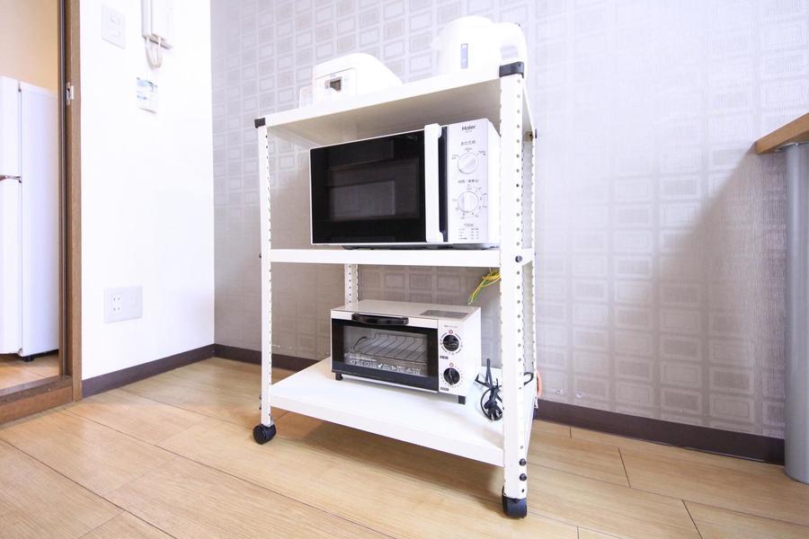 家電類は電子レンジ、炊飯器、トースター、電気ポットをご用意しています