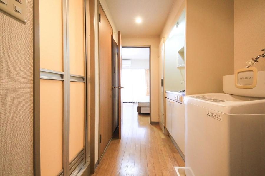 廊下は比較的広めに取られており、手狭感はありません