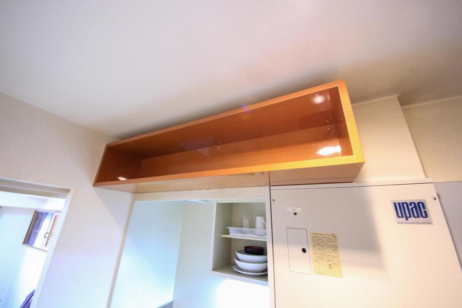 キッチンの上にも作り棚! 食料品のストック置場などにご利用いただけます