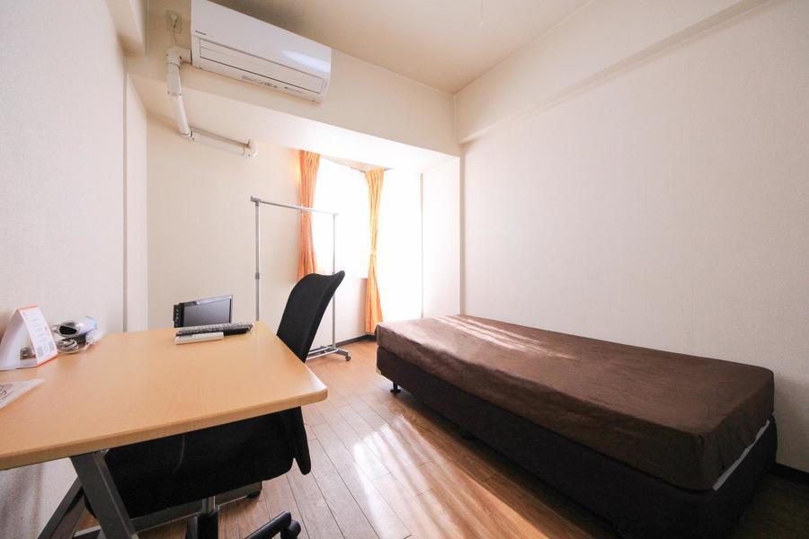 6.5帖のお部屋は広すぎず狭すぎず、居心地の良い広さ