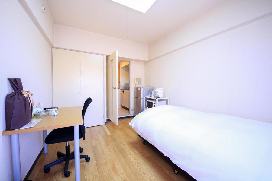 6.5帖のお部屋は広すぎず狭すぎず。快適にお過ごしいただけます