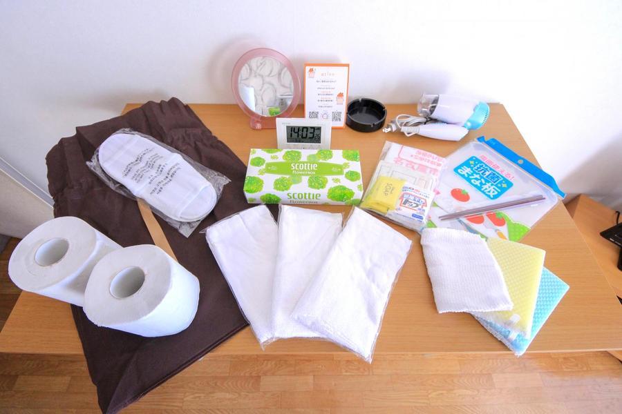 ゴミ袋やティッシュなど日用品類をアメニティとしてご用意しています