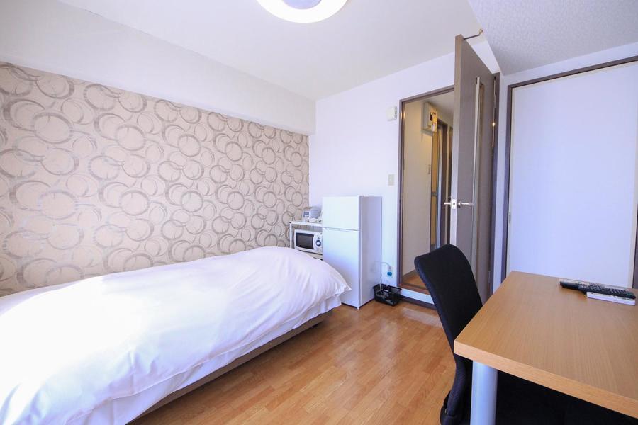 シンプルなお部屋もアクセントクロスでより印象的に