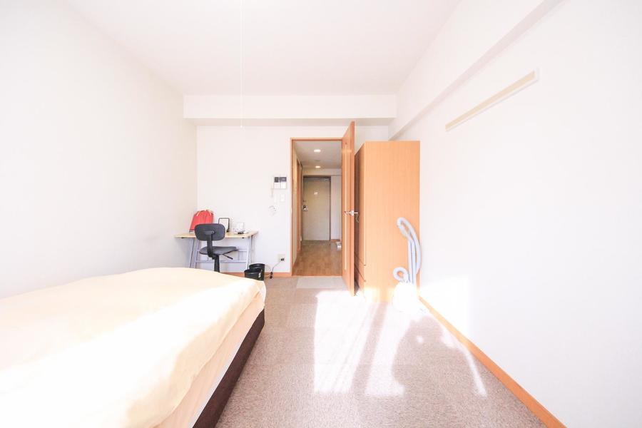 キッチンとお部屋の間には仕切り扉があり、目隠しや室温管理に役立ちます