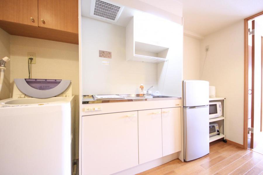 キッチンはIHコンロタイプ。作業スペースも広くお料理もらくらく
