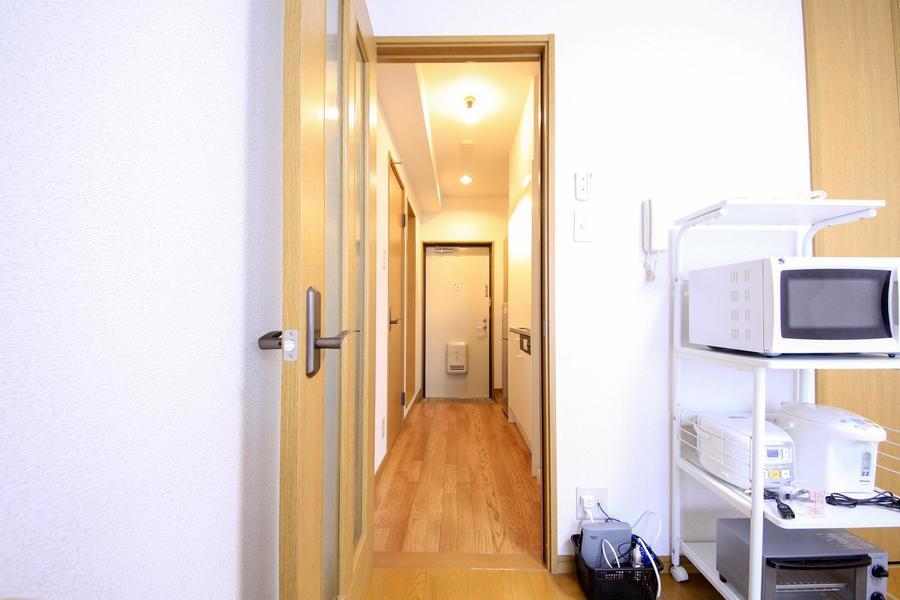 仕切り扉は来客時のプライバシー保護、室温管理に役立ちます