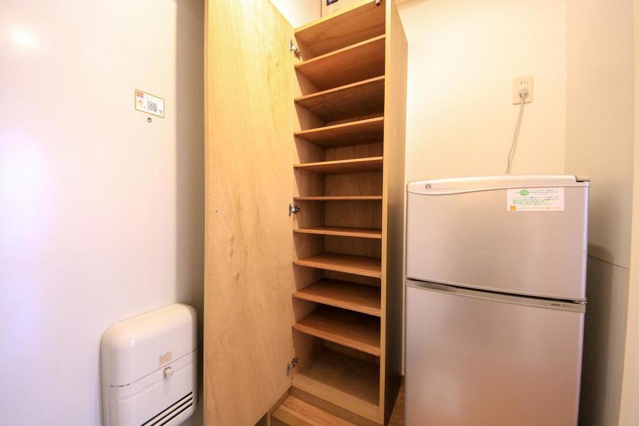 たっぷり収納できるシューズボックス。玄関もすっきり片付きます