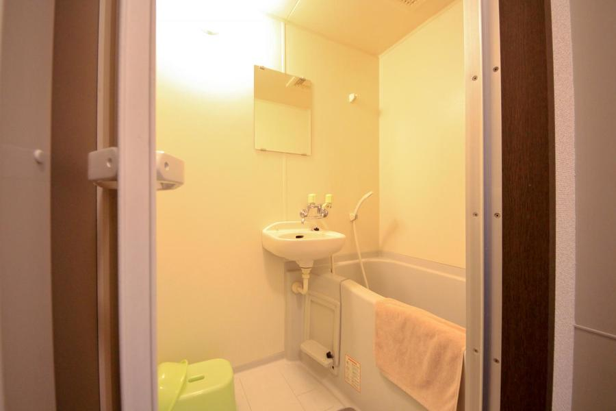 疲れた体を癒やしてくれるバスルームは清潔感抜群