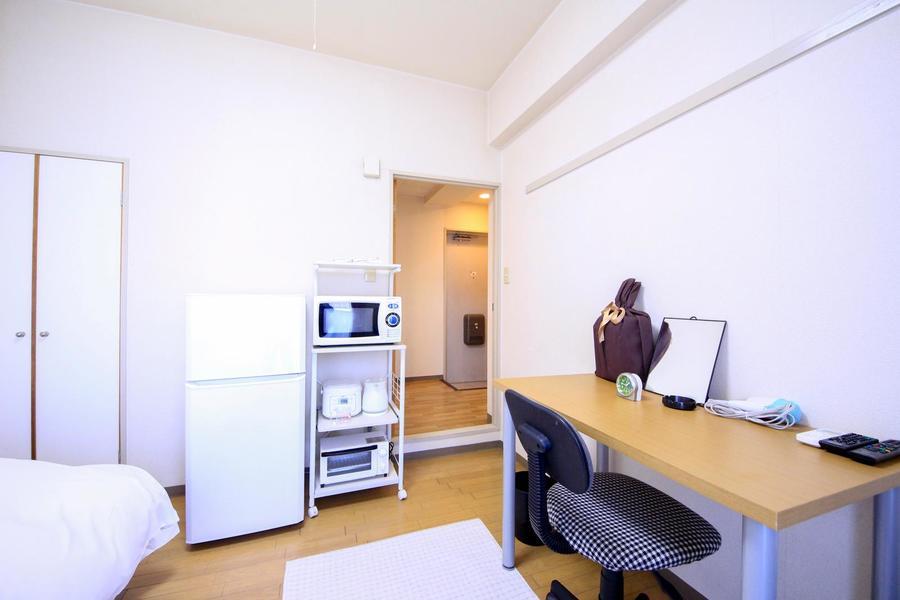 :部屋入口には扉を設置。来客時のプライバシー確保にお役立ていただけます