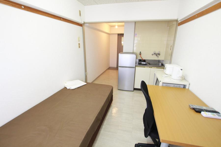 シンプルで使いやすいお部屋。ご自宅のようにお過ごしいただけます