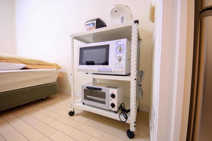 家具家電類はワゴンにまとめて使いやすさアップ。移動も可能です