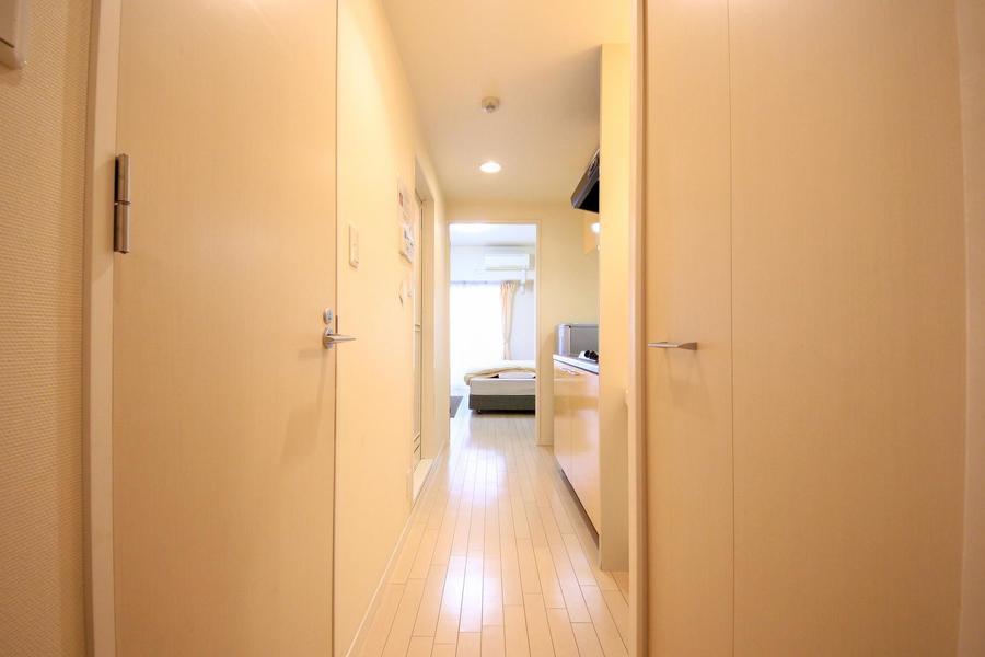 玄関周辺はお部屋と同じライトアイボリーを基調とした優しい色合い