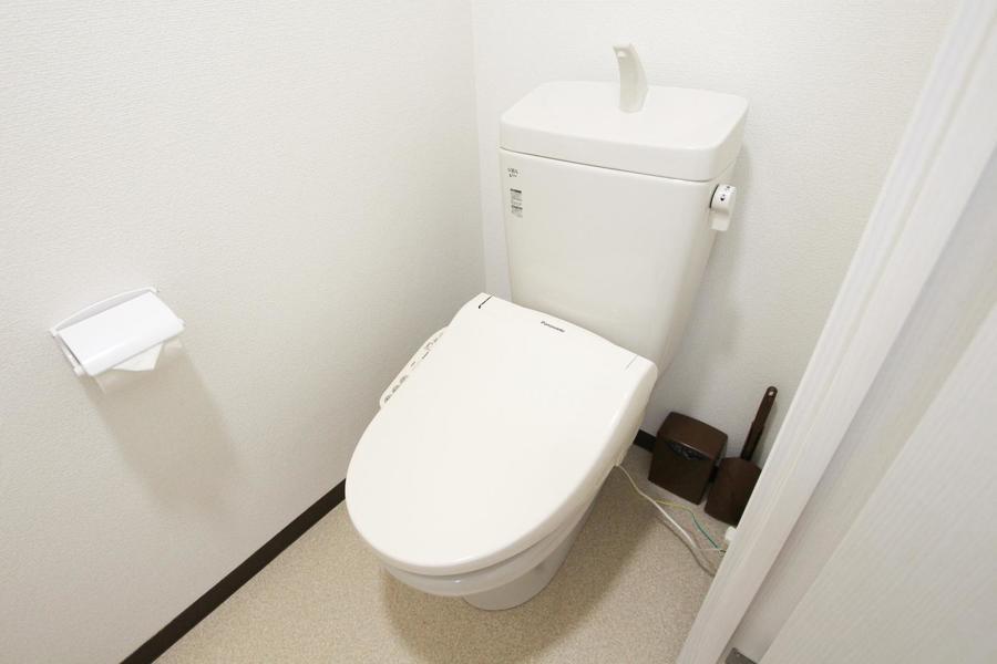 トイレは明るく広めです。