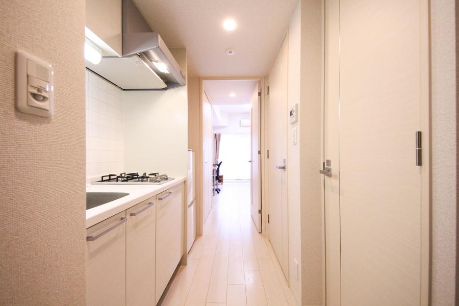 廊下周辺もお部屋と同じ色合いで統一され、清潔感を感じさせます