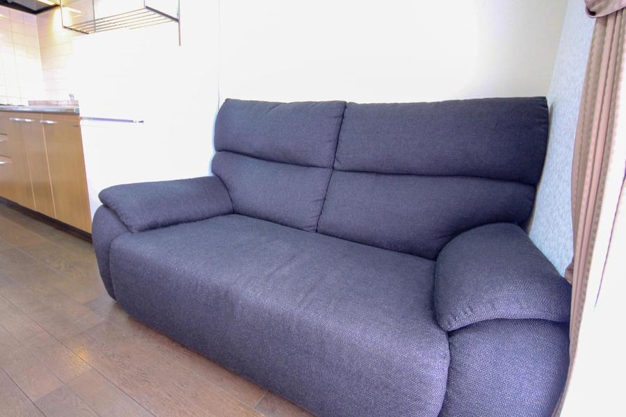 食後はのんびりくつろぎたい方へ、ソファをご用意しています