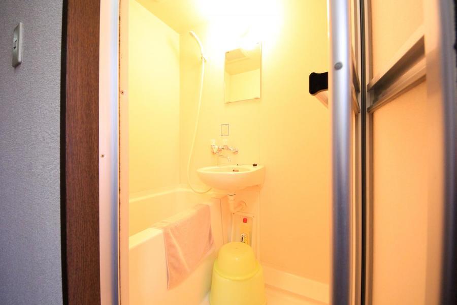 疲れを癒やす安らぎのバスルーム
