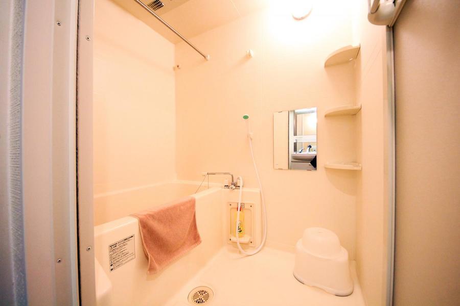 広めのお風呂には嬉しい浴室乾燥機能を搭載