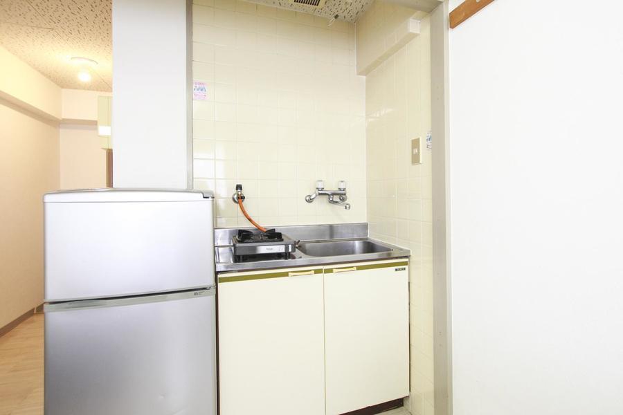 キッチンは使いやすい1口コンロ。ガスタイプで火力も安定